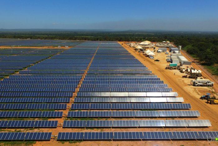 Resultado de imagem para energia solar usina pirapora