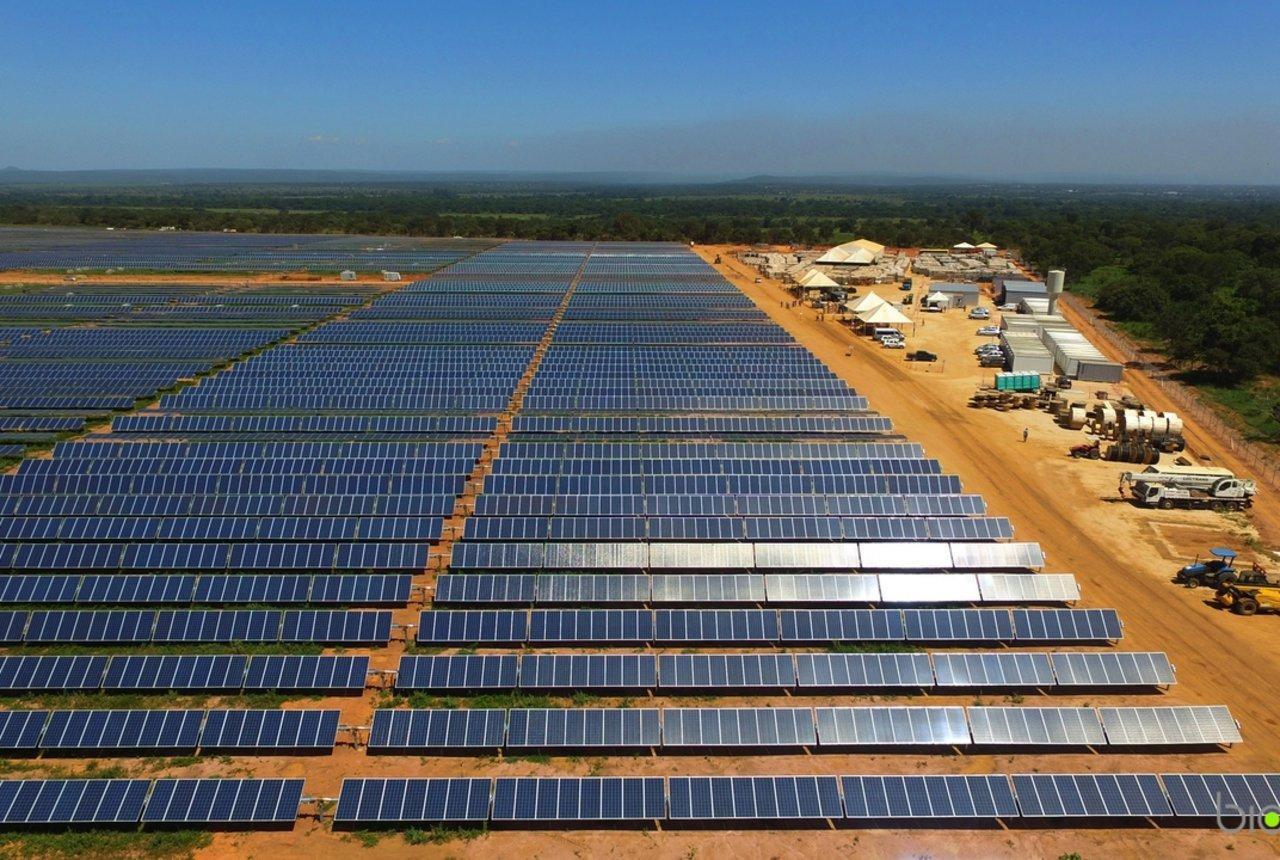 A maior usina solar da América Latina em Pirapora